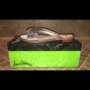 cff8bda77675 Sam Edelman Shoes - NIB Sam Edelman Dariel Studded Bow Slides Size 7.5